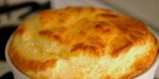 Soufflé de queso fácil