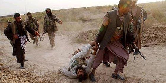 Mueren en combate 35 milicianos talibán y un soldado paquistaní