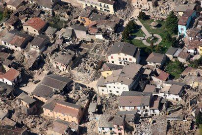 El alcalde de L'Aquila critica que las ayudas de España tras el terremoto nunca han llegado
