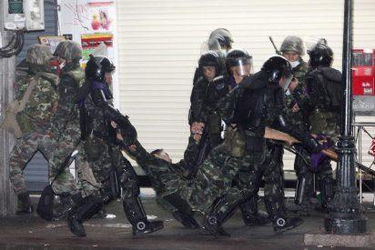 Dos policías muertos en el distrito financiero de Bangkok