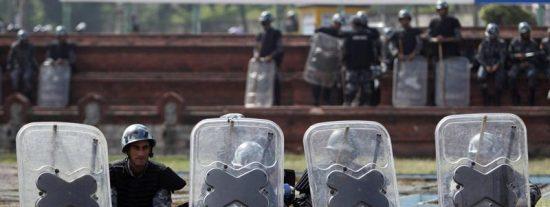 Los maoístas suspenden la huelga general
