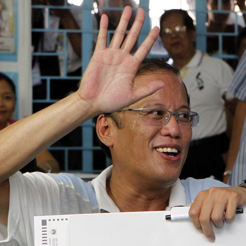 Aquino mantiene una sólida ventaja en el recuento electoral