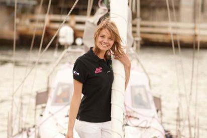 Una australiana de 16 años da la vuelta al mundo a vela en solitario