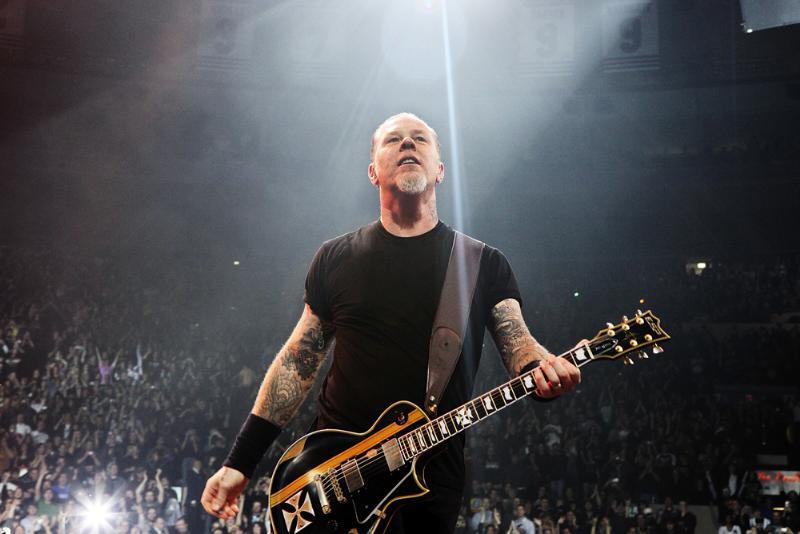 'Sad but true': James Hetfield de Metallica regresa a rehabilitación por alcoholismo
