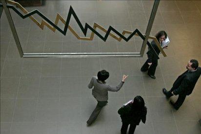 Los inversores huyen de nuevo de la Bolsa tras la fiesta del lunes