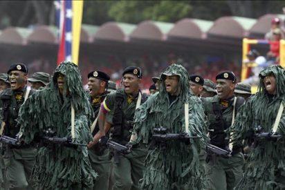 Opositores y afines a Chávez le piden alza salarial del 40 por ciento dada a los militares