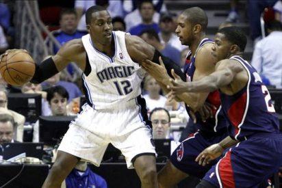 114-71. Howard y los Magic se exhiben ante los Hawks con su primer triunfo