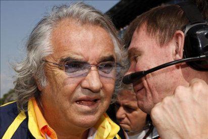 """Briatore denuncia """"la falta de espectáculo y los altos costes"""""""