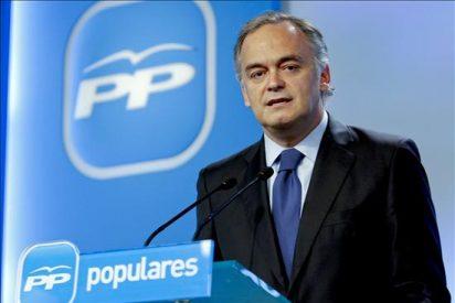 González Pons dice que el discurso Zapatero, de boy scout ingenuo, lleva a una situación complicada