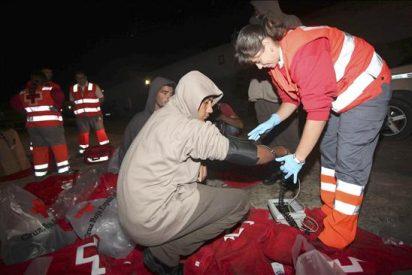 Rescatados 49 inmigrantes, siete de ellos niños, al suroeste de Tarifa