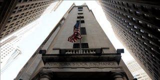 Wall Street vive una sesión dramática por un posible error humano