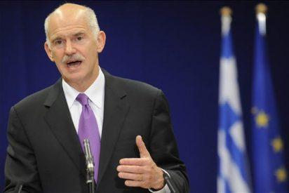 Papandreu dice que los problemas de la zona euro no son sólo por Grecia