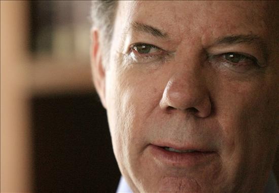 Chávez advierte que anulará el comercio con Colombia si Santos es elegido presidente
