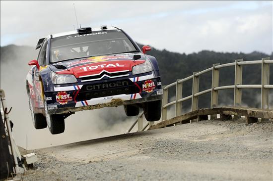 Loeb amenaza la primera victoria de Ogier en el mundial de rallys