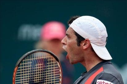 Montañés liquida a Federer en dos sets y se cuela en la final de Estoril