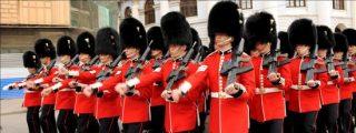 Comienza en la Plaza Roja el desfile militar por el 65 aniversario de la victoria