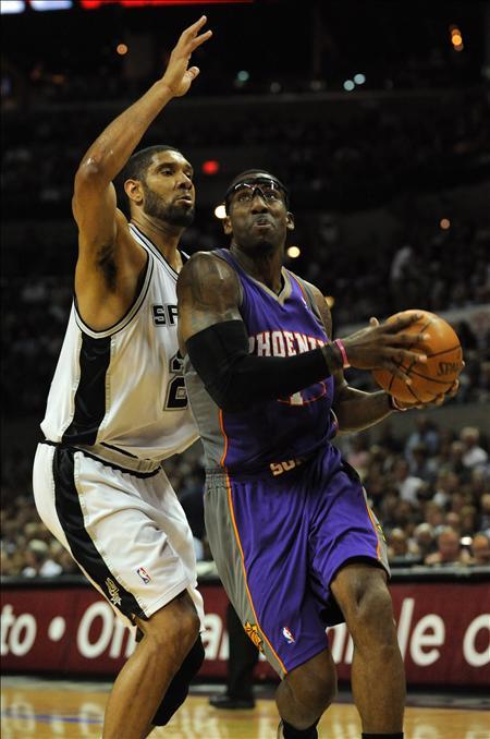 101-107. Stoudemire y Nash barren a los Spurs y esperan a Lakers o Jazz