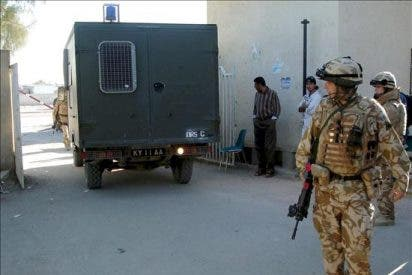 Al menos 8 muertos por un coche-bomba y un artefacto en un mercado en Irak
