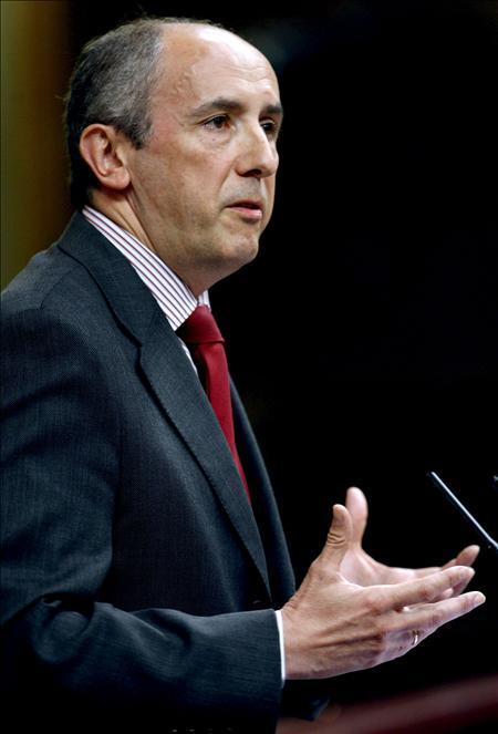 Erkoreka afirma que Zapatero ha acreditado una incompetencia enciclopédica en la crisis