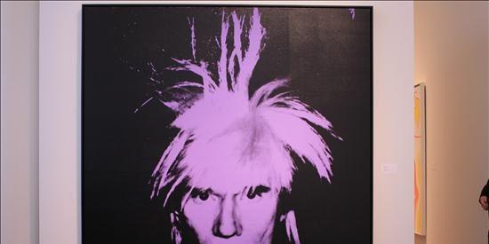 Obras de Warhol y Rothko se venden por más de 30 millones de dólares