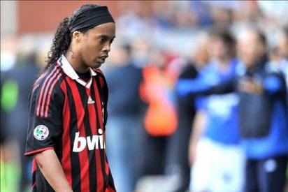 Danny Jordaan critica con dureza al seleccionador brasileño por prescindir de Ronaldinho
