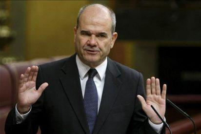 El PP insta a Chaves a pedir a Zapatero que le rebaje a secretario de Estado