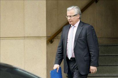 El pleno del CGPJ comienza a estudiar la suspensión del juez Garzón