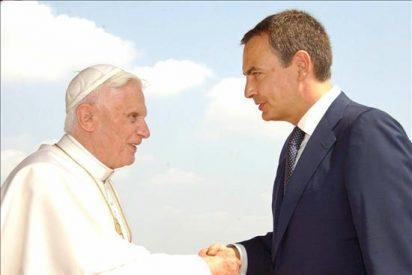 El Gobierno ultima una visita de Zapatero al Papa