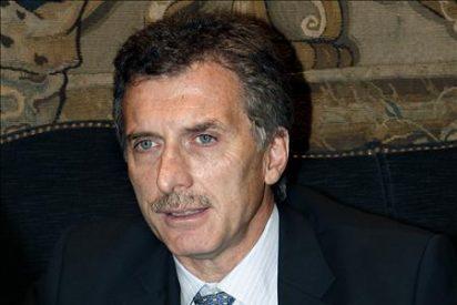 Procesan al alcalde de Buenos Aires por un escándalo de escuchas telefónicas