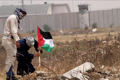 Un palestino muerto por disparos de soldados israelíes junto a la frontera de Gaza