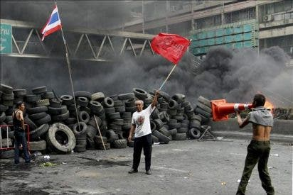 El Gobierno abandona el plan de declarar el toque de queda en la zona central de Bangkok
