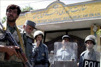 Al menos 12 civiles muertos en un atentado contra un convoy de la OTAN en Kabul