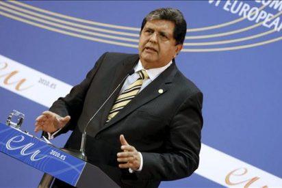 """Alan García apela a Europa a """"limitar"""" la venta de armas a América Latina"""