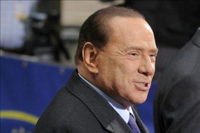 Berlusconi confirma que no vende el Milan