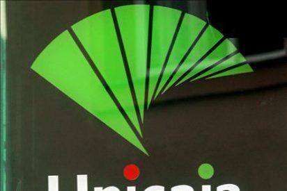El consejo de Unicaja aprueba el proyecto de fusión con Cajasur