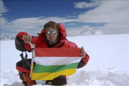 Alfredo García alcanza la cima del Everest