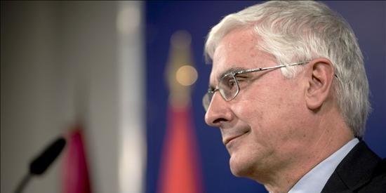 Barreda dice que el gobierno predica con el ejemplo al reducir las consejerías