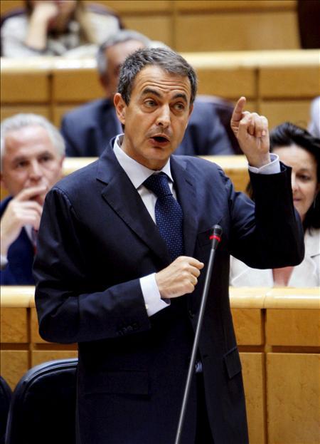 Zapatero ve culminada la fase del autogobierno de las autonomías y abre la de cooperación