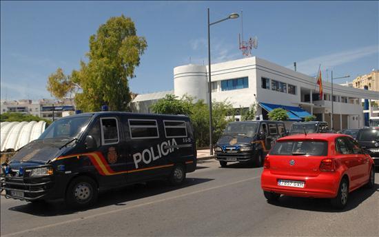 32 detenidos en una operación internacional contra una red de tráfico de drogas y armas