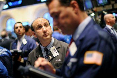Wall Street remonta y cierra con un leve descenso del 0,23 por ciento