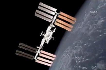 El Atlantis regresa a la Tierra tras su último viaje espacial