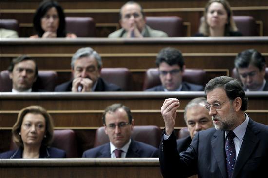 """Rajoy asume la defensa del """"no"""" a los recortes desde la tribuna del Congreso"""