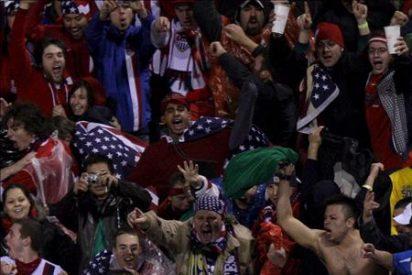 2-1. EE.UU. se despidió con triunfo ante más de 55.000 espectadores