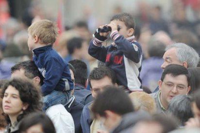 Benedicto XVI invita a los jóvenes turineses a participar en la JMJ 2011 Madrid