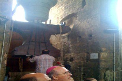 Monseñor Osoro, en el campanario