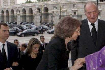La Iglesia católica pierde el monopolio de los funerales militares