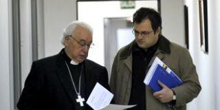 """El obispo de Segovia anima a marcar las dos """"X"""" en la declaración de la Renta"""