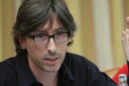 """David Trueba: """"En la decisión de El País de premiar a El País hay un zarpazo de orgullo"""""""