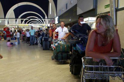 AENA limita a 32 las llegadas en Barajas por un vuelo de calibración