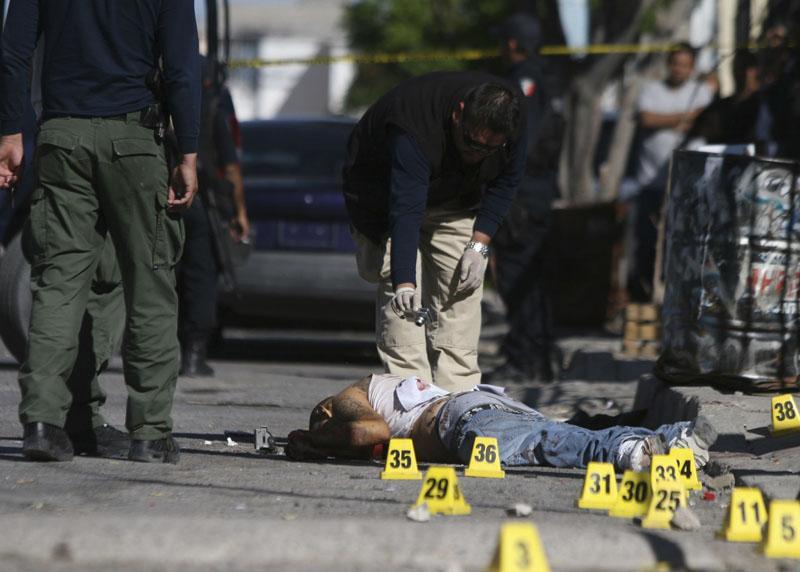 Narcotraficantes asesinan a seis personas en Cancún